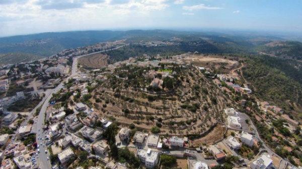 Arqueólogos excavarán sitio bíblico del Arca de la Alianza