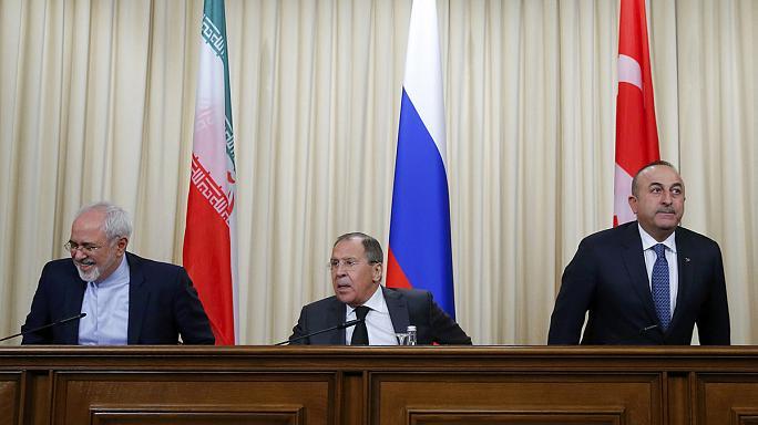 Resultado de imagen de Rusia, Irán y Turquía firman un acuerdo sobre la creación de cuatro zonas de seguridad en Siria