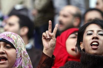 Manifestación de mujeres por igualdad se vuelve protesta de acoso sexual
