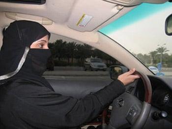 Sobre autos y mujeres en Arabia Saudita