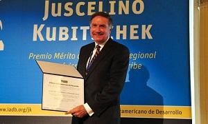 "Otorga el BID premio ""Juscelino Kubitschek"" al IMIFAP"