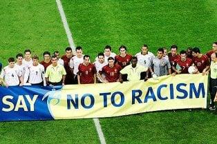 Más sanciones de la FIFA por comportamiento antisemita y racista