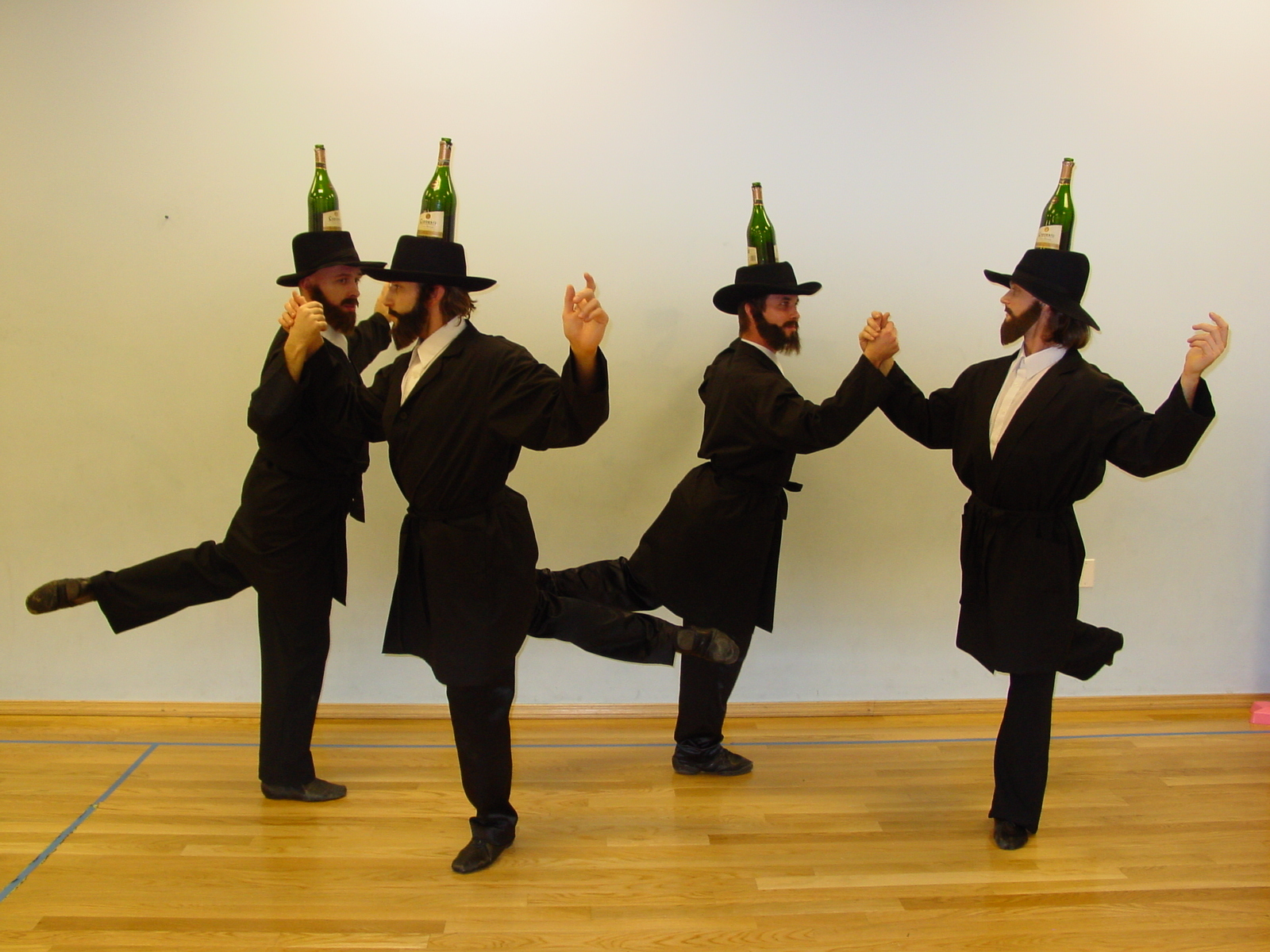 dancing-rabbis
