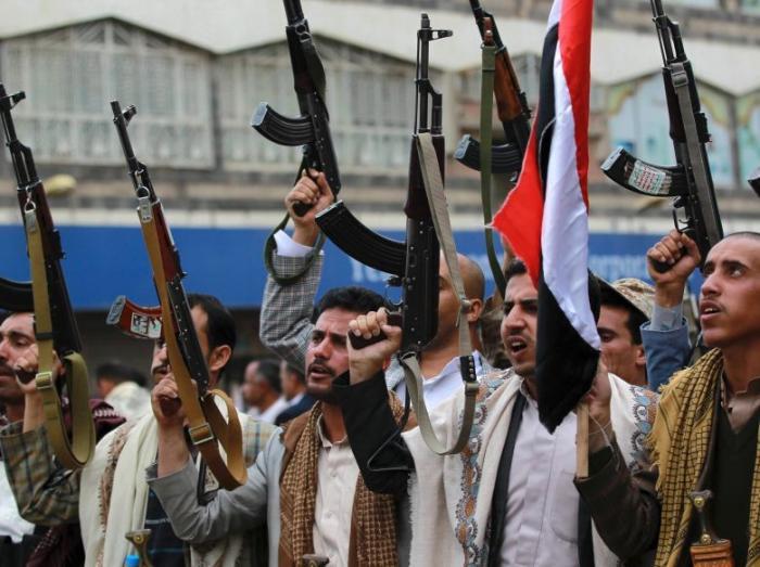 Egipto y Arabia Saudita lanzarán operación terrestre contra rebeldes del Yemen, según funcionarios de seguridad