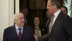 Canciller ruso Sergei Lvrov con canciller sirio Walid Muallem Moscú 25.2.13 AP Ivan Sekretarev
