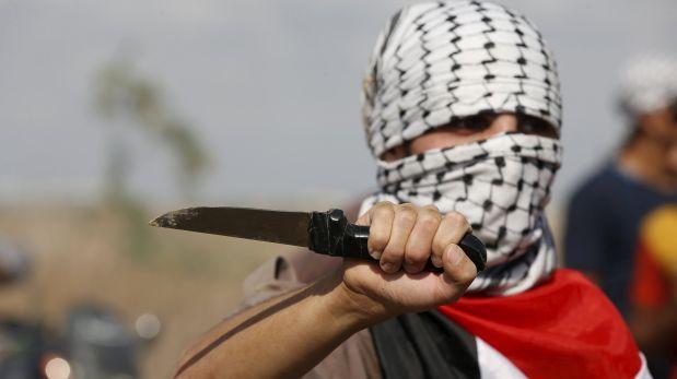 Image result for terrorista con cuchillo
