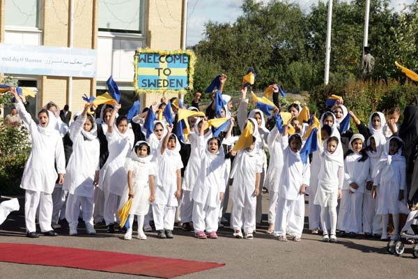 Personal de asilo en Suecia islamiza a refugiados