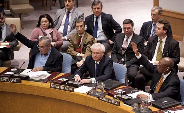 Londres y París acusan a Moscú de crímenes de guerra en Siria