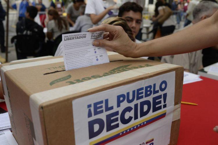 Resultado de imagen para plebiscito en venezuela