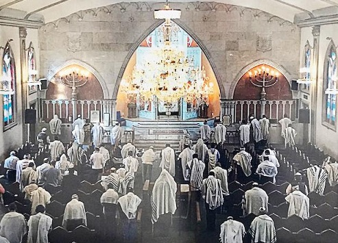 Se reanudan los servicios religiosos en el Templo Rabí Yehudá Haleví