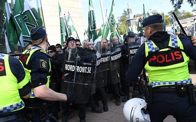 Cientos de neonazis marchan en Suecia en Yom Kipur