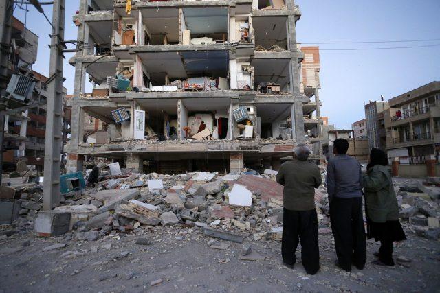 Israel ofrece condolencias a Irán e Irak por víctimas del terremoto de 7.3 grados