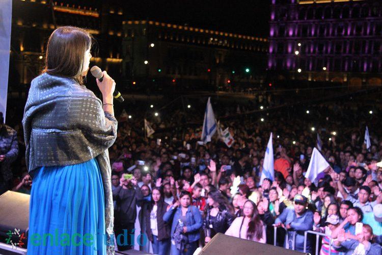 El himno nacional de Israel resuena en el Zócalo de la CDMX, ante 15,000 participantes de la Marcha de Gloria
