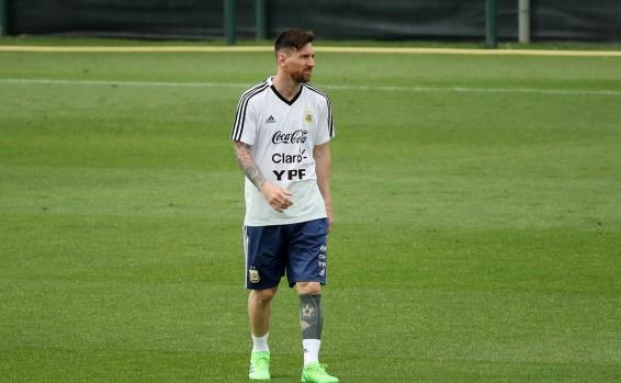 """El motivo de la cancelación: """"Qatar y Turquía presionaron a Messi"""""""
