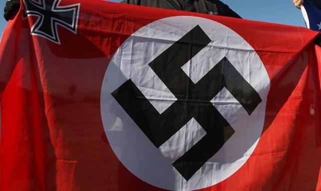 Alemania permite el regreso de la esvástica
