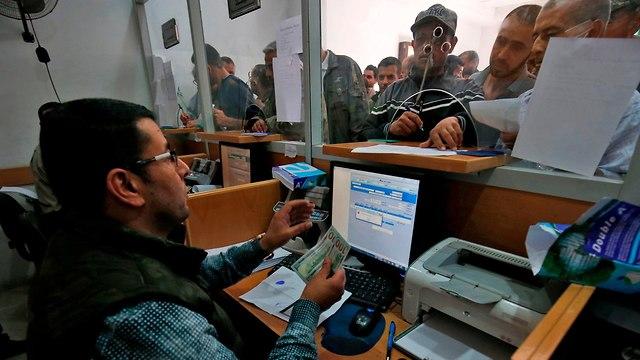 Israel retiene dinero de Catar para Hamás tras escalada en la frontera