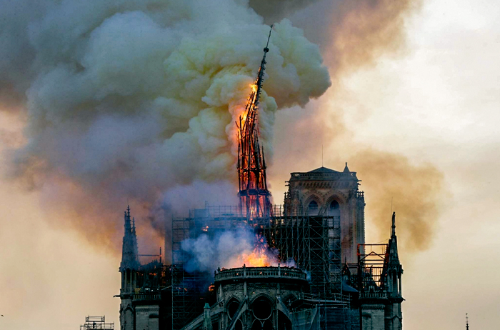 Israel expresa solidaridad a Francia por incendio en Notre Dame