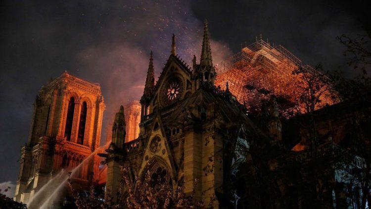 Expreso mi más profundo pesar por incendio en Notre Dame: Netanyahu