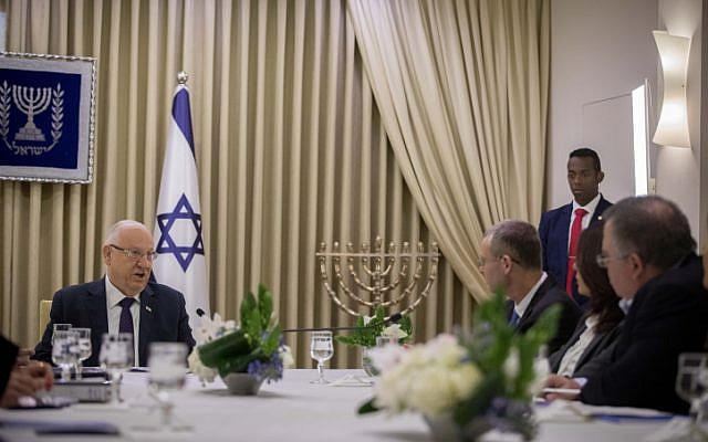 """Rivlin al Likud: """"El pueblo quiere unidad"""""""