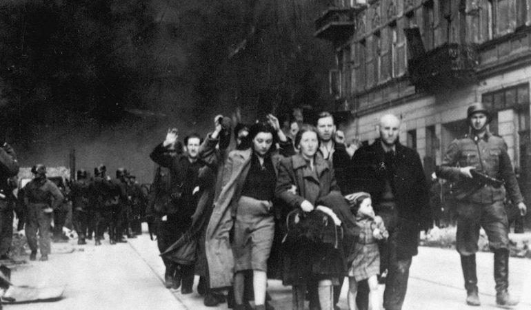 Por primera vez en 76 años, Séder de Pésaj en el sitio del Gueto de Varsovia