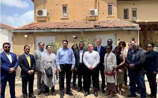 Resultado de imagen para ENVIADOS DE LA ONU RECORREN ASHKELON GOLPEADA POR LOS PROYECTILES DE GAZA