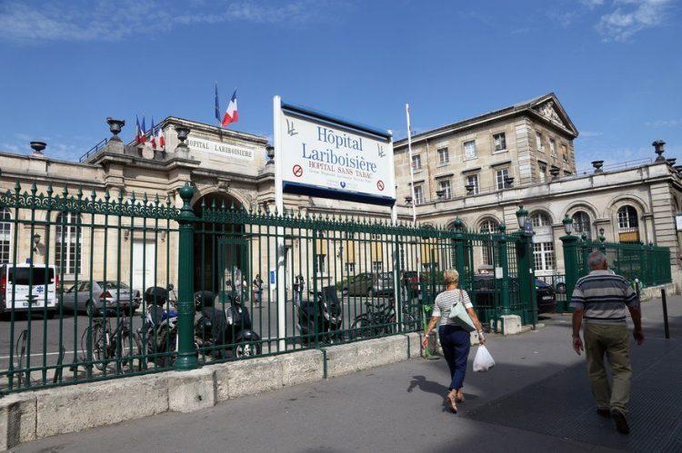 Mujer judía de 79 años es golpeada por bola de metal afuera de sinagoga de París