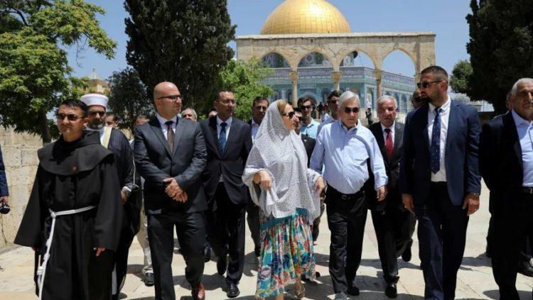 Presidente de Chile se disculpa por visita a Monte del Templo con funcionarios palestinos