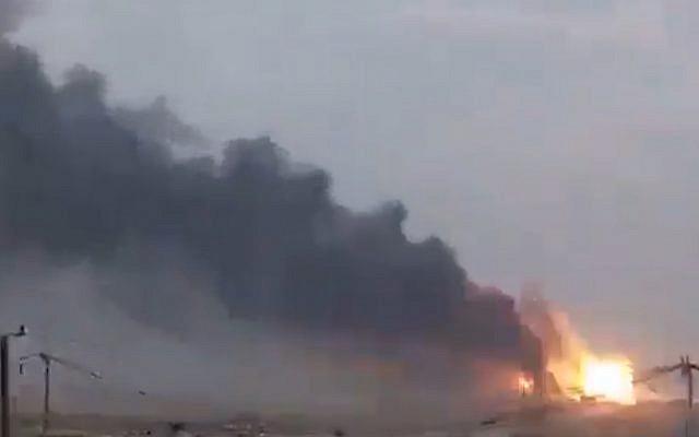 Acusan a Israel de explosión en arsenal de milicia respaldada por Irán en Bagdad